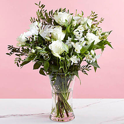 Special Bouquet Of Roses And Alstroemeria