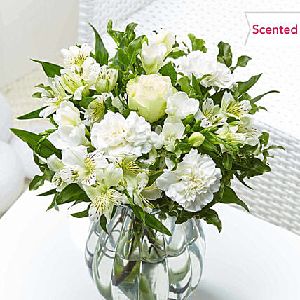 Stunning Roses And Carnations Bunch:Send Carnation Flower to UK