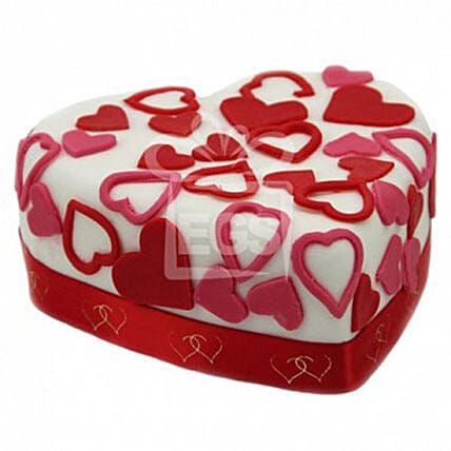 Love Tweet Heart Cake