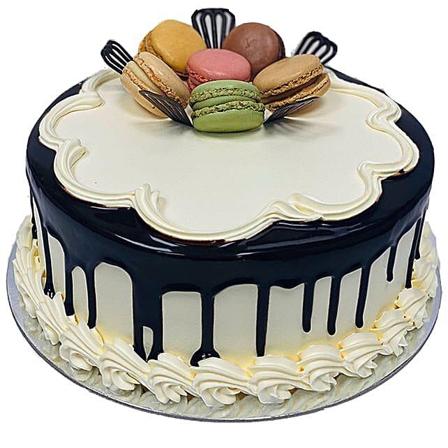Macron Delight Cake