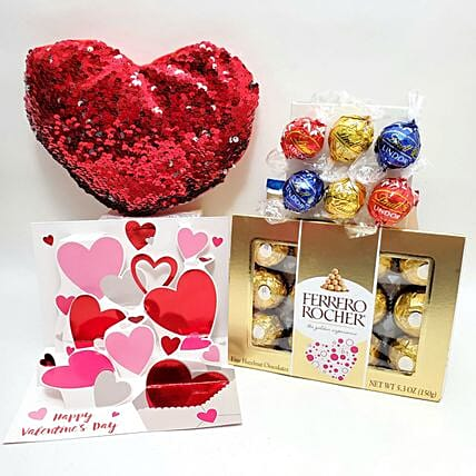 Assorted Chocolates And Heart Combo