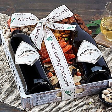 Cliffside Wine Collection N Dried Fruits Hamper