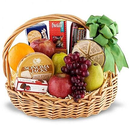 Combo Of Fruits And Gourmet Items:Chinese New Year Gift Delivery in USA