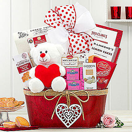 Hearty Delights Gift Basket:Valentine's Day Gifts for Him to USA