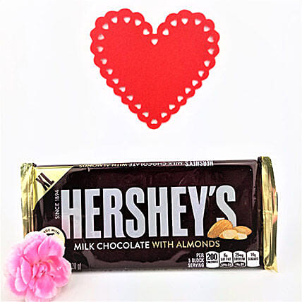 Hersheys Almond Crunch Love