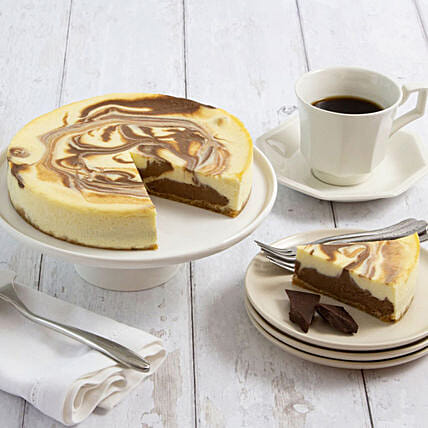 Lovely Marble Swirl Cake With Personalised Greeting Card:Cheesecake Delivery In USA