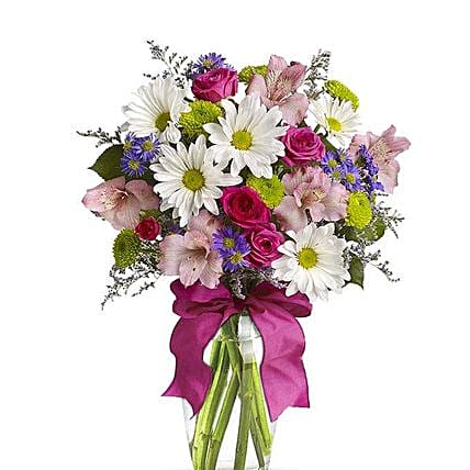 Pretty Flower Vase:Gifts to USA Same Day Delivery