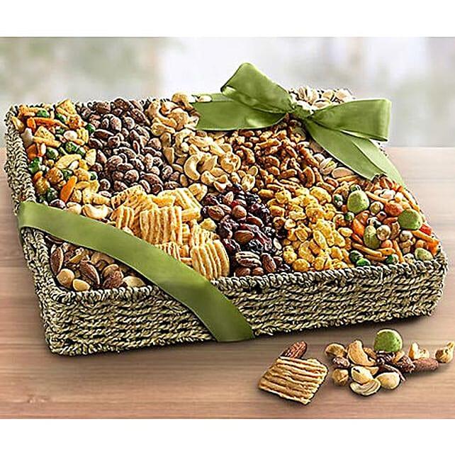 Savory Snack Basket:Dried Fruit Gift Baskets to USA