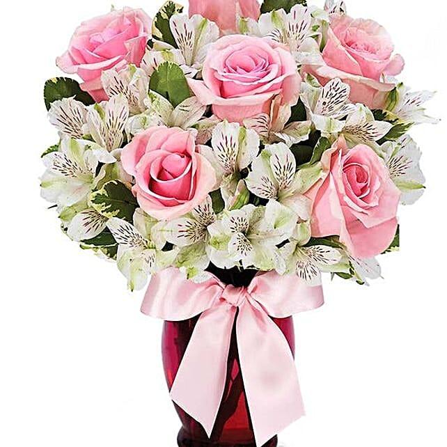 Elegant Pink Roses Bouquet
