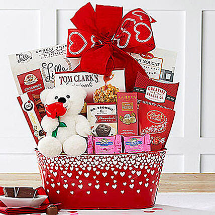 From the Heart Gift Basket:Gifts for Couples in USA