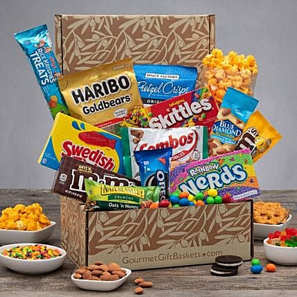 Delicious Snack Basket:Gift Baskets USA