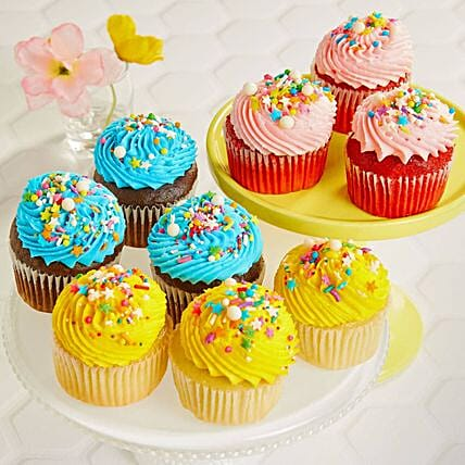 Assorted Flavourful Cup Cakes 6:Cupcake Delivery In USA