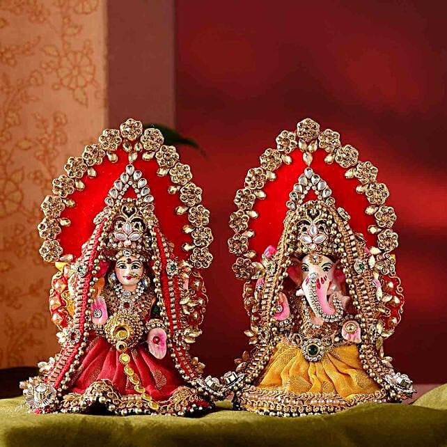 Beautiful Lakshmi Ganesha Idol Set