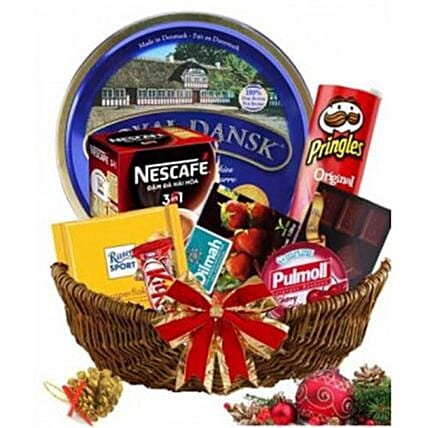 All In One Gourmet Basket:Gifts  to Vietnam